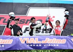 Pablo Collazo (H) y un triunfo con suspenso